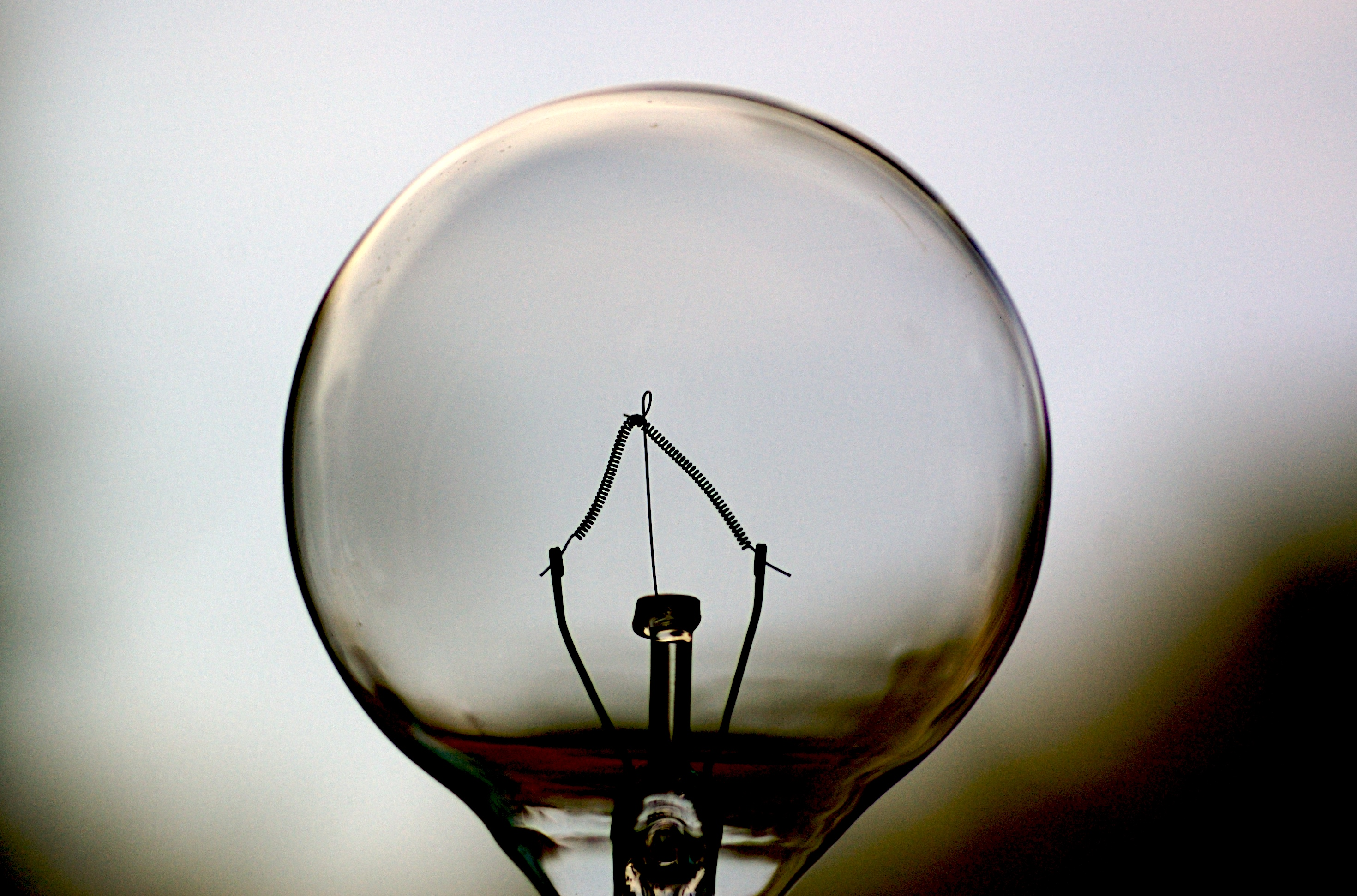 how to change a long light bulb